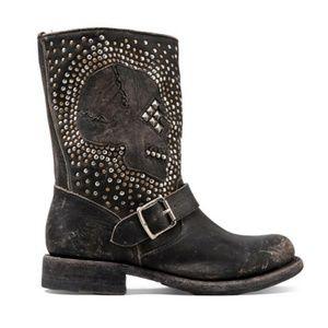 New Frye Jenna Skull Stud Short Black Boots 6.5